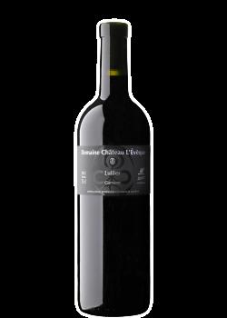 Vin épicé et nez puissant aux arômes de baies des bois (myrtilles et mûres).